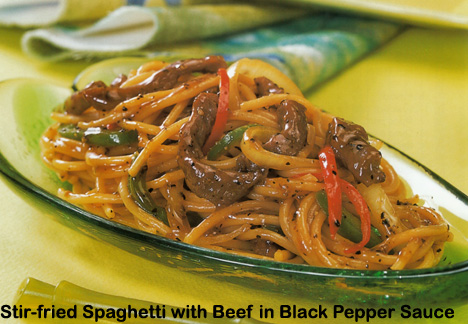 Chinese Style Stir Fried Spaghetti With Beef Cooking With Kathy Man