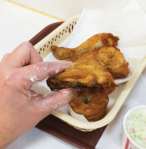 Kfc Japan Provides Customers With Special Finger Sheaths For Hassle