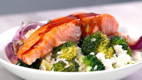 How often should you eat fish cooking with kathy man for How often to feed fish